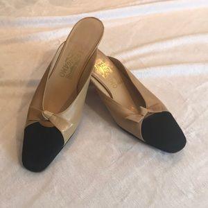 Salvatore Ferragamo Nude & Black Slip On Heels